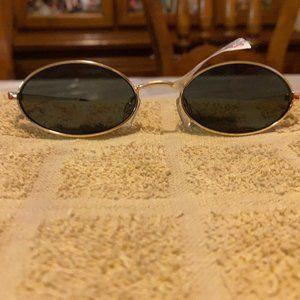 Le Specs Accessories - NWT Le Specs Oval Love Train Gold Sunglasses